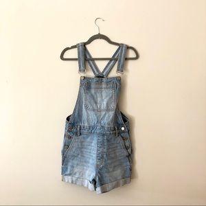 BDG Denim overall shorts light wash cuffed 28